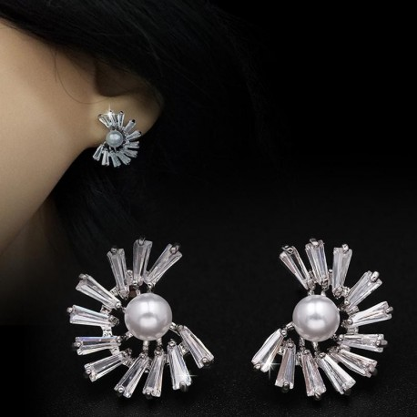 JUJIA high quality 2017 women fashion simple design crystal statement cubic zirconiastud Earrings for women jewelry wholesale
