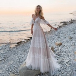 Bohemian Wedding Dresses 2020 Off Shoulder Lace Appliques Bridal Gowns Sexy Backless Beach A Line Wedding Dress Robe De Mariee