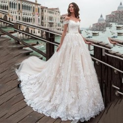 Fantastic Tulle A-line Wedding Dresses Off The Shoulder Lace Appliques Princess Boho Wedding Gowns Lace Up Back Bridal Gown