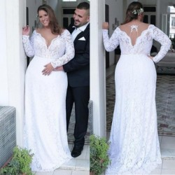 Fashionable Lace Jewel Neckline Sheath/Column Plus Size Wedding Dresses With Beadings Open Back White Lace Bridal Gowns