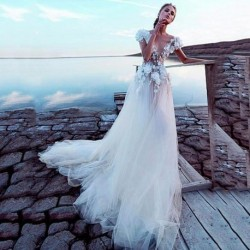 Luxury Tulle A-line Wedding Dresses 2020 Sexy Backless Bridal Dress 3D Lace Flowers Fairy Beach Fairy Beach Wedding Dress