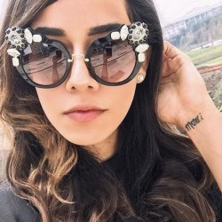 New Artificial Crystal Embellishment Cat Eye Sunglasses Women Luxury Fashion Summer Sun Glasses For Women Cat Eye Sexy